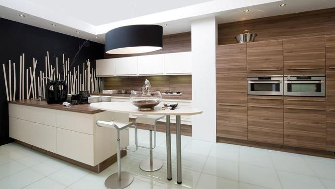 Keuken met moderne - Moderne keuken en woonkamer ...