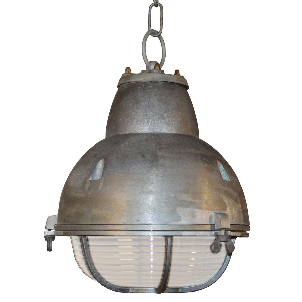 Kijk voor het hele assortiment industriu00eble lampen op Nostalux.nl!